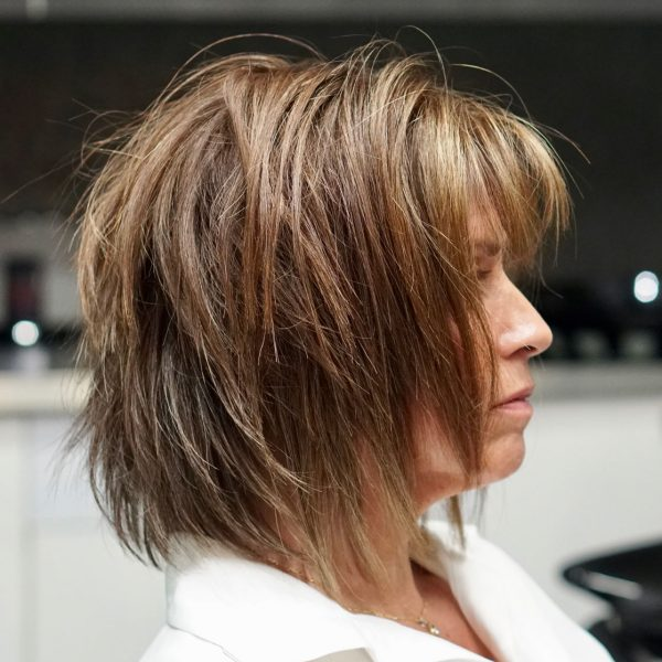 benefits-client-with-short-hair-and-highlights
